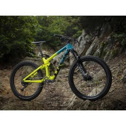 Trek Remedy 9.7 Teal to Volt Fade